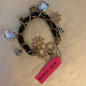 Beautiful Betsey Johnson charm bracelet NWT